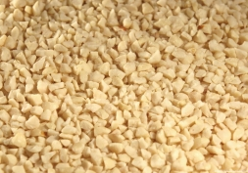 Erdnußkerne geviertelt 25kg